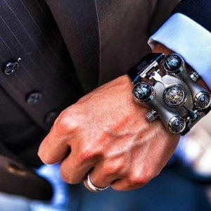 Выбираем часы в подарок мужчине на новый год